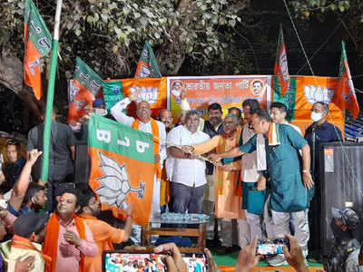 West Bengal Election 2021: TMC leader and Ex Asansol mayor Jitendra Tiwary joins BJP