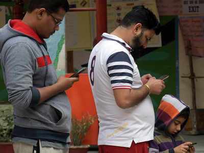 Amazon, Google, Facebook vie for piece of India's digital payments market