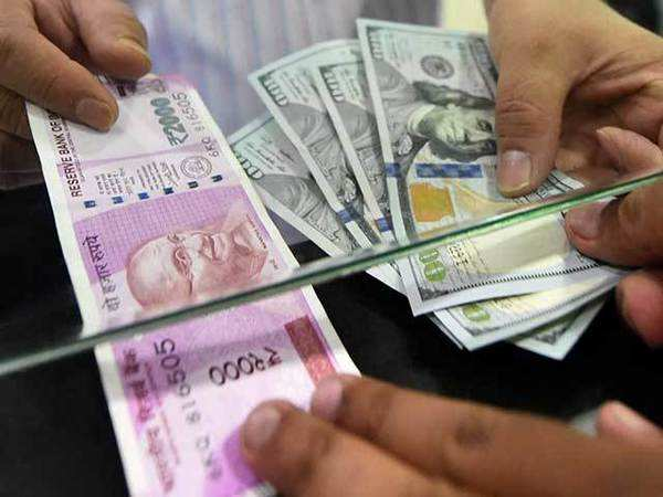 Inr Vs Us Dollar Why Indian Rupee Is Depreciating And How Its Peers Performing Against Us Dollar The Economic Times Video Et Now