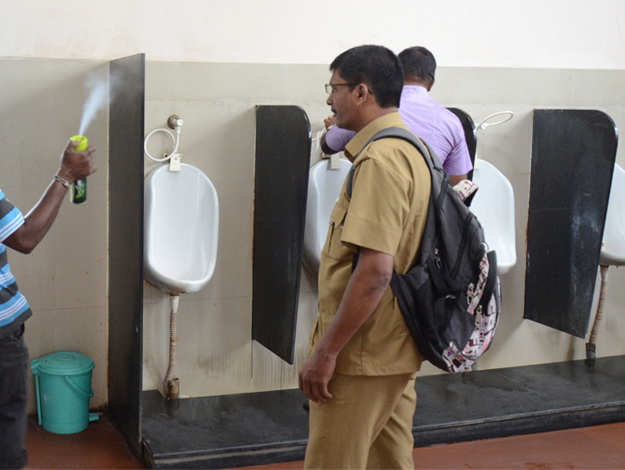 PSBs asked to provide customers clean toilets at branches