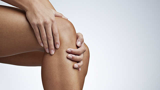 Do you hear your knee crackling often? Here's what it means