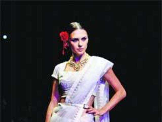 Retro Chic Rules Indian Designers Go Back To Roots The Economic Times