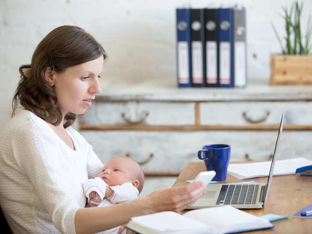 Working Mothers No Private Rooms Pumps Or Lactation Consultants