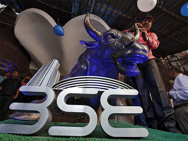 Sensex Rejig Hcl Technologies And Bajaj Finance To Replace Wipro And Adani Ports In Sensex The Economic Times