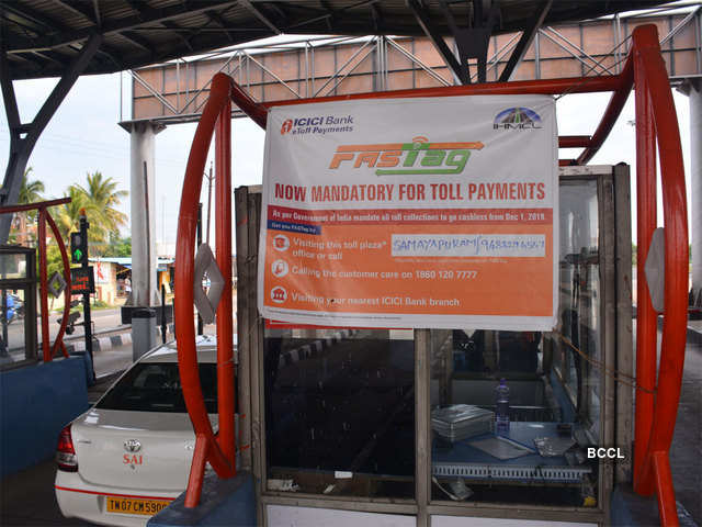 Fastag Electronic Toll Collection Fastag Mandatory For All Vehicles From Dec 15 Here S How To Buy Activate It Whats Is Fastag All About It