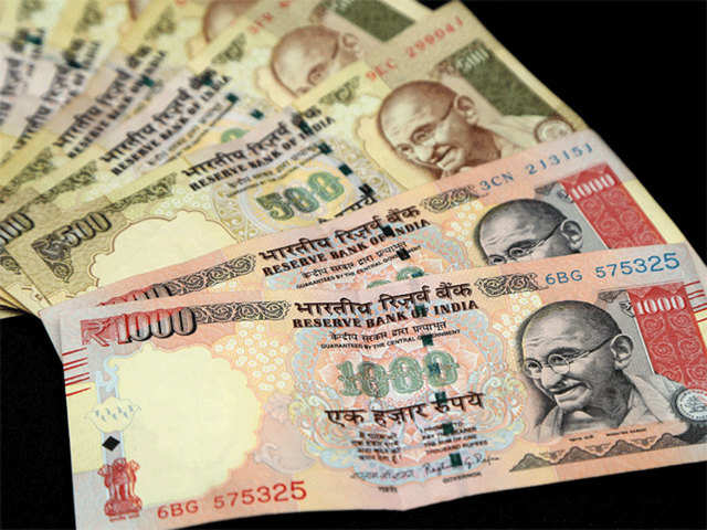 Nepal writes to RBI to declare banned new Indian currency