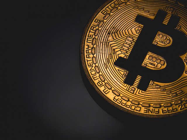 bitcoin-market-hits-1-0-trillion-in-value-