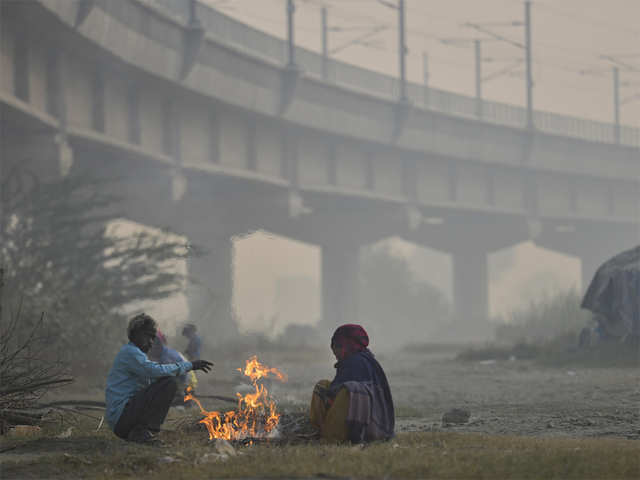 Delhi winter: Delhi records coldest November morning in at least 14 years - The Economic Times