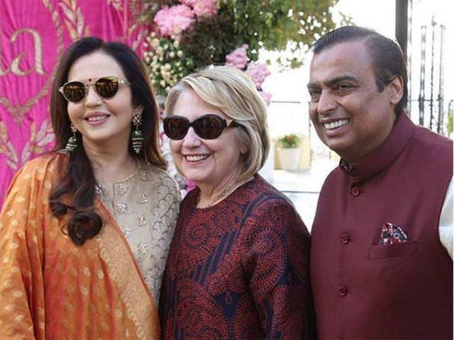 Hillary Clinton, top execs of Goldman Sachs, JPMorgan attend Isha