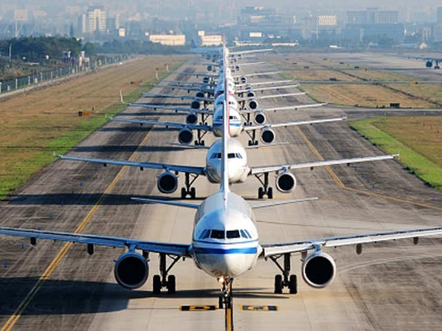 Mumbai Airport Sees 27 Rise In Passenger Traffic To London In Fy20 The Economic Times