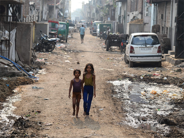 30% of very poor children live in India: Unicef - The Economic Times