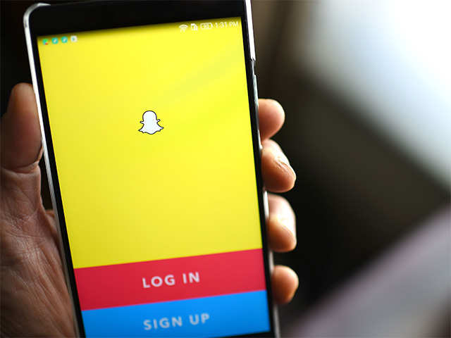 snapchat: Snapchat rolls out new iOS update, exposes its