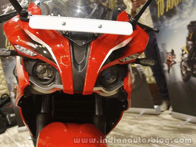 Bajaj Auto motorcycle sales dips 22% in March - The Economic