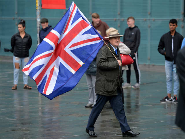 Uk Economy Shrinks By Record 20 4 In April The Economic Times