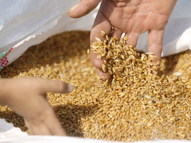 Government plans to sell 7-8 million tonnes of wheat at Rs 1,890/quintal to  bulk consumers - The Economic Times