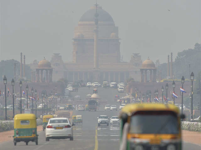 air pollution in Delhi: Delhi records poorest air quality in 3 years - The  Economic Times